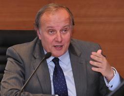 Ángel Arcos, ganador del I Premio Observatorio Económico de Andalucía